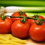 Uprawa pomidorów na balkonie, czy warto?