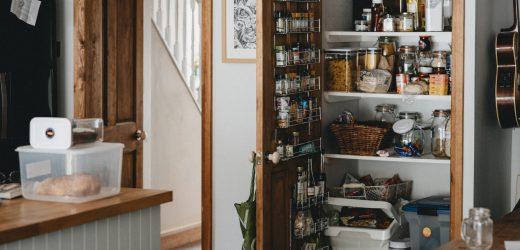 Domowa spiżarnia, gdzie i jak ją urządzić?