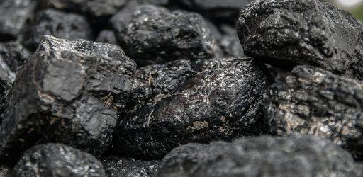 3 rzeczy, o których musisz pamiętać, wybierając węgiel do ogrzewania domu