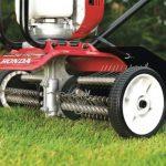 Aeracja – prosty zabieg, który pomoże zadbać o trawnik